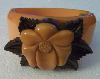 ON SALE! Rare Bakelite Vintage Butterscotch Carved Clamper Bracelet