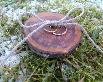 Ring bearer pillow, Wood Wedding Ring Bearer Slice, Rustic Wooden Ring Holder, Rustic Ring Bearer Pillow, Wedding Decor, Wood Wedding Decor