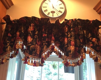 Set of 3 Country Curtains Jacobean Valances, lined