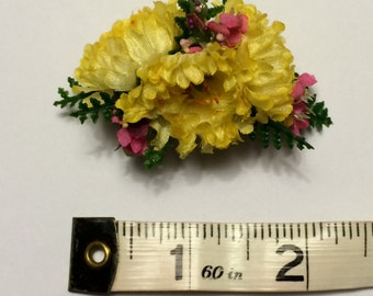 Doll Hair Clip - 1611 (Yellow Mum)