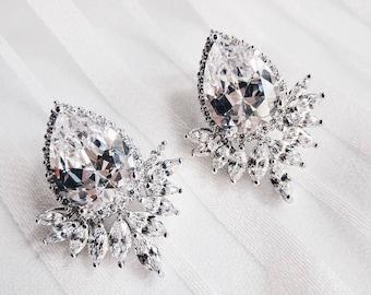 CLEO Crystal Stud Earrings