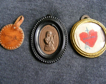 Three objects religious/Medallion Napoleon III/Sainte Germaine