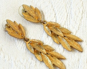 """30% OFF w/COUPON CODE """"FLIRTY30"""" - Gorgeous Retro 1800's Inspired Gilded Leaf Drop Earrings"""