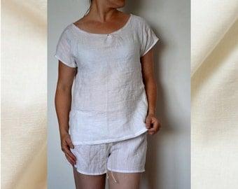 Pajama size S, Pajama top and shorts, Linen pajama set, Summer linen pajama, Linen sleepwear, Linen nightwear, Natural linen pyjamas