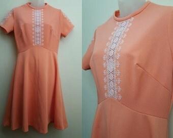 1970s Vintage Dress // Creamsicle 70s Dress // Medium Large Mod Embroidered Spring Summer
