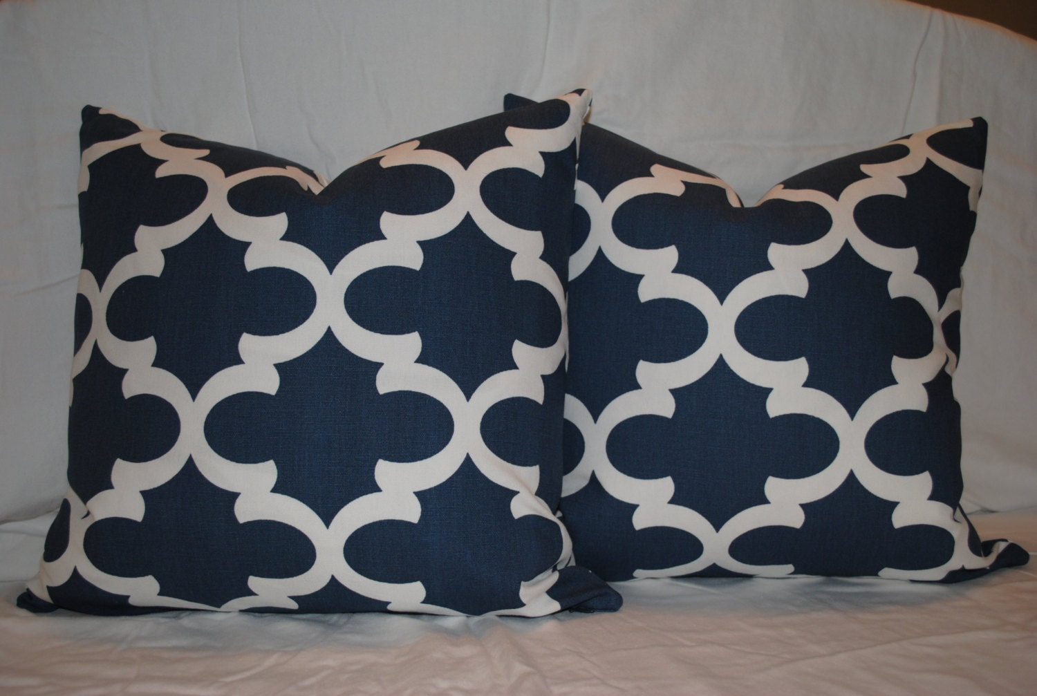 Throw Pillows For Navy Blue Couch : Couch Pillows Navy Blue Decorative Throw Pillows Accent