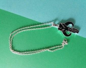 Mandalorian necklace, (Boba Fett), Mandalorian emblem from SW saga.