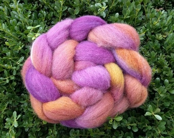 Hand Dyed Corriedale Wool Roving (4 ounces / 113.4g)