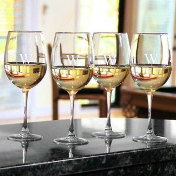 Set Of 4 Personalized Red White Wine Glassesetched