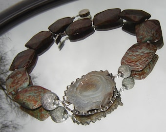 Chain necklace with large vintage chalcedony beautiful - Druze - silver - Mookait