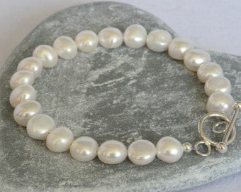 Ivory Freshwater Pearl Bracelet with Steling Silver Toggle Clasp