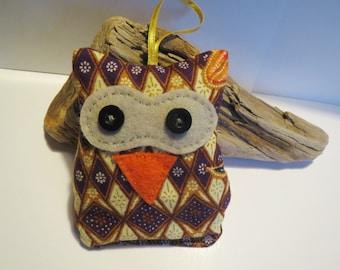 OWL to suspend bag of lavender
