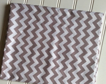 Riley-Blake-Designs-Fabric-By-The-Yard-Small-Gary-Chevron-Cotton-Quilting-Fat-Quarters-Sewing-DIY-Projects-Crafts-Supplies