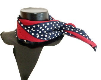 TOP prize – a Twill scarf blue li + re white spotted, red stripes