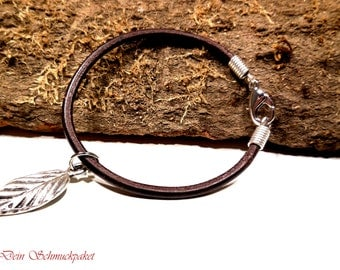 thin leather strap ~ little leaf ~.