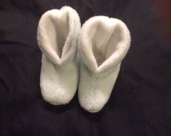Baby booties! 0+ months.