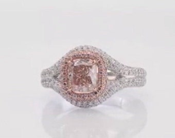 ring with gem central rosette 3.0 CT diamonds around 0.36 CT fenci pink