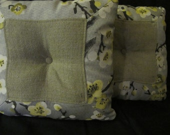 """shallow green bloom 18""""x18""""both side cushion cover"""