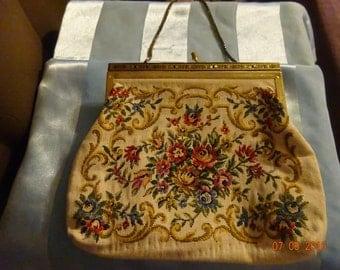 Vintage Flower Needlepoint Tapestry Purse/Tapestry Purse/Needlepoint Purse/Vintage Purse