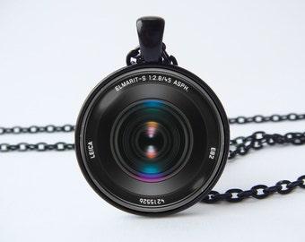Necklace camera lens Black camera lens pendant Husband gift Camera jewelry Camera gift Photographer necklace Traveler gift Tourist gift