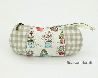 Handmade Cosmetic Bag, Makeup Bags -- 1Pcs (HM26)