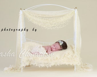 Digital backdrop newborn girl pearls background of  white