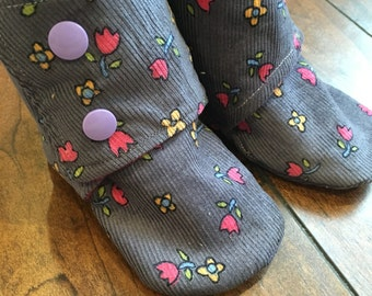 Baby Booties (Up To 24 Months) - Your Choice of Fabric