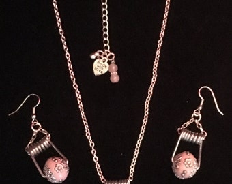 Beautifully Pink - Recycled clothespin jewelry set