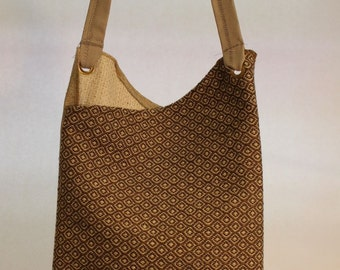 Large Bag with Brown and Tan Diamond Pattern Item #B45