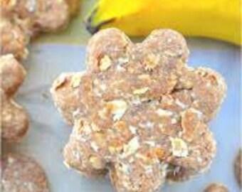 Peanut Butter & Banana Pet Treats 250g/8oz.