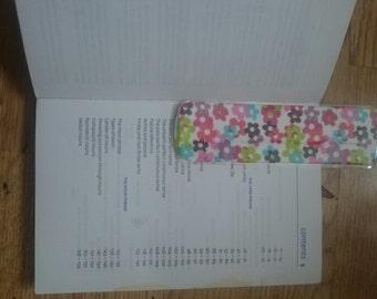 Itsy Bitsy Bookmark