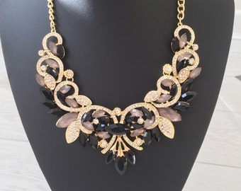 Black and gold vintage style statement necklace