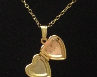 14k locket heart necklace with diamond