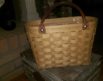 Longaberger medium boardwalk basket leather handles