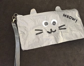 kitty kat clutch