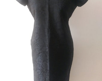Exquisite, ultra chic vintage oriental dress, black-on-black floral relief pattern size 12-14 (approx)