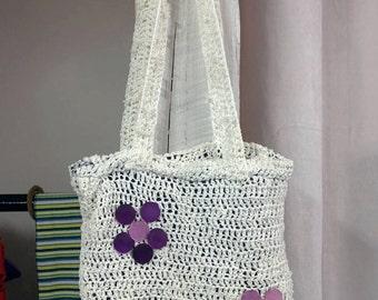 Nice handbag made of recycled wool