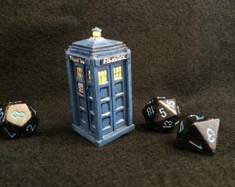 Miniature Tardis // Doctor Who // Handpainted plastic Reaper RPG mini // telephone box