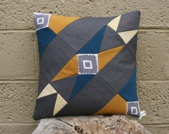 Geometric design cushion