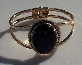Gold Tone Bracelet with Black Onyx Cabochon