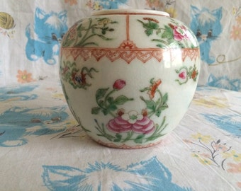 Vintage hand painted Vase made in Hong Kong