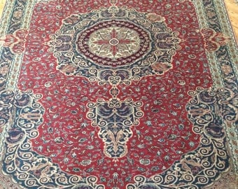 vintage handmade carpet ,finest quality of türkish carpet , best quality . finer knotted then pure silk carpets ,decorative rug