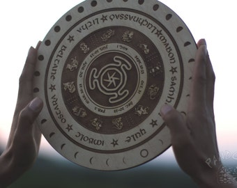 Wheel of the Year, Hecate