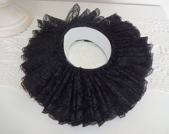 New Adult Renaissance Tudor Black Lace Ruff Collar Costume Size medium