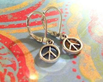 Peace Sign Earrings / Boho Earrings / Vintage Earrings / Earrings / Silver Earrings