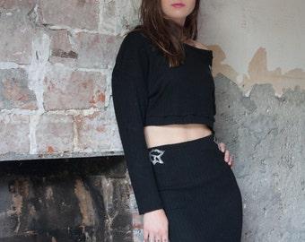 Black elastic tailor skirt