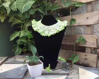 Crochet cotton necklace metal