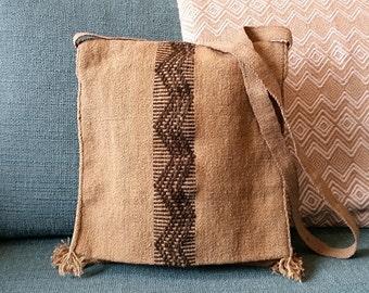 Tan Messenger Bag, handmade in Peru, hand stitched pattern