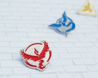 Team Valor Enamel & Metal Pin ~ Pokemon Go Team Pin Red Moltres Nintendo Video Game Lapel Pokemon Badge Brooch