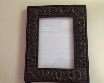 Picture Frame--5X7 Wood Scrolled Picture Frame